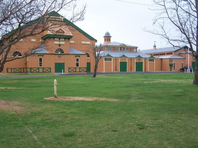 Exhibition_Buildings,_Bathurst_2