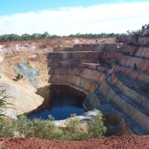 Open Cut Mine. Peak Hill