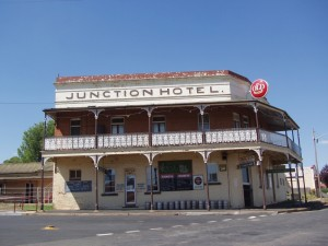 Junction Hotel. Canowindra