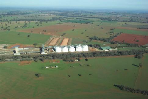 Parkes Wheat Silos