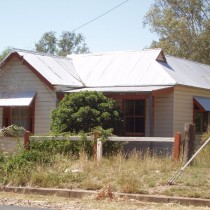 Circa 1950's Style Homes. Eugowra