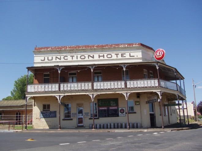 Junction Hotel. Canowindra